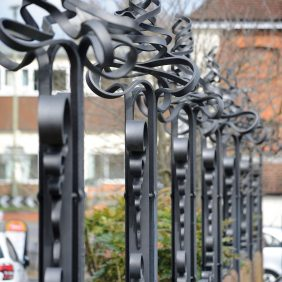 Wrought Iron Sculpture, Bridge Street, Godalming Photo courtesy of Darren Pepe 2016