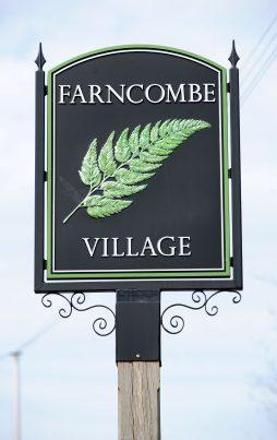 Farncombe Village Sign Photo courtesy of Darren Pepe 2016