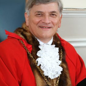 2005 - Martin - Peter James